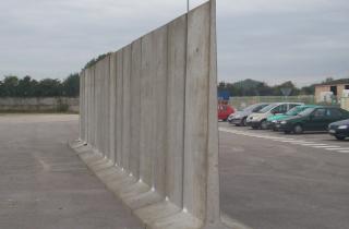 Murs en T