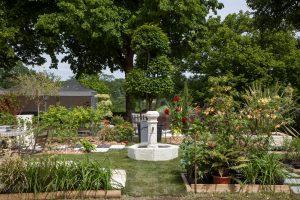 Fontaine béton mini village ton pierre
